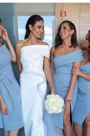 Unique Beach Bridesmaid Dresses Sleeves Backless Knee Length Formal Wedding Guest GownS With Sheath Off Shoulder Sky Blue Satin Cheap