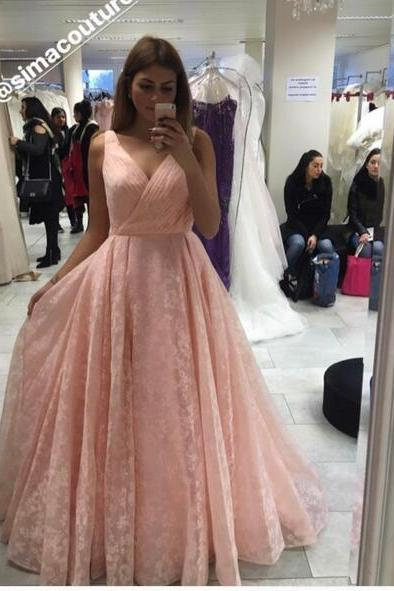 2018 Pink Ball Gown Tulle Prom Dresses V Neck Puffy Evening Dress Formal Gowns