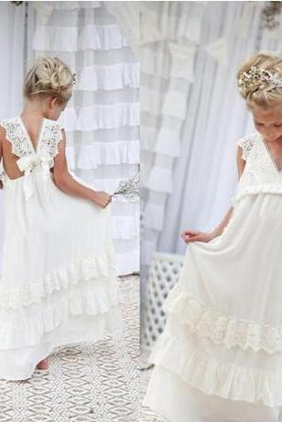 Romantic 2018 New Arrival Boho Flower Girl Dresses For Weddings Cheap V Neck Chiffon Lace Tiered Formal Wedding Dress Custom Made