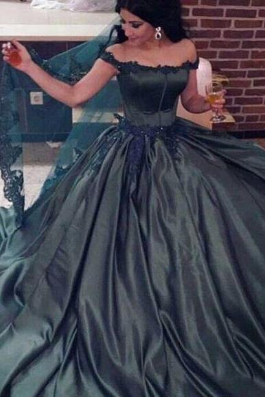 2018 Dark Green Ball Gown Colorful Prom Dresses Off the Shoulder Lace Appliques Beaded Court Train Party Gowns