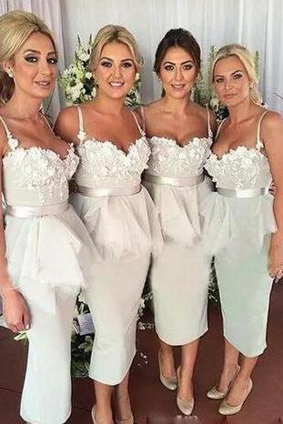 Tea Length Maid Of Honor Dresses Evening Wear Spaghetti Straps Lace Appliques Peplum Sash Mermaid Bridesmaid Dress Satin Wedding Guest Dress