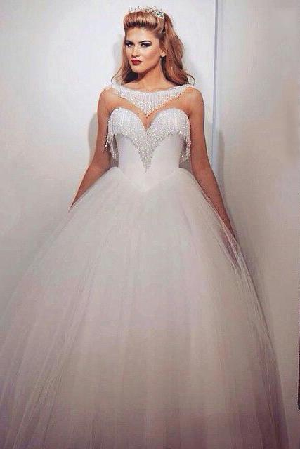 Bling Ball Gown Wedding Dresses with Bateau Neckline Sweetheart Neck Illusion Beading Glass Crystals Tulle Elegant Bridal Gowns