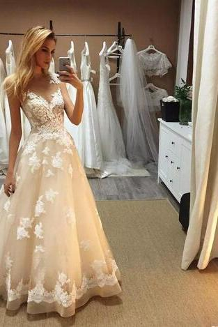 Gorgeous Champagne Lace Wedding Dresses A Line Sheer Jewel Neck Appliques Bridal Gowns Floor Length Wedding Dress Robe De Mariage
