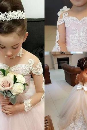 Cute Gorgeous 2018 Flower Girl's Dresses For Weddings Lace Long Sleeves Tiered Tulle Floor Length Little Girl's Dress Cheap Kids Gowns