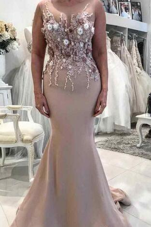 Elegant Long Mermaid 2018 Mother Of The Bride Dresses 3D Floral Appliqued Lace Wedding Guest Dress Plus Size Evening Gowns