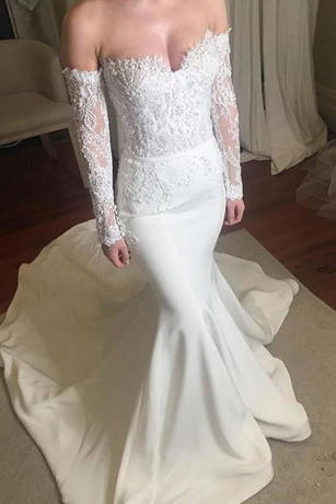 Off-the-Shoulder Sweetheart Lace Mermaid Wedding Dress with Long Sleeves