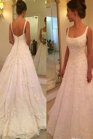 2018 New Wedding Dresses Backless A Line Lace Appliques Beaded Pearls Spaghetti Straps Country Garden Bridal Gowns