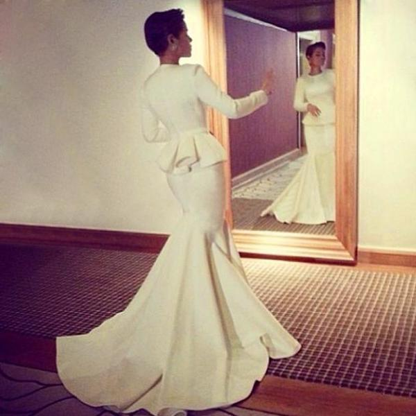 Simple Gorgeous white mermaid evening dress court train Muslim design long sleeves formal gown Middle east prom dresses